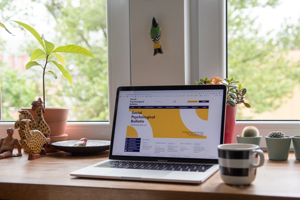 Image of a webpage open on a laptop - How to write SEO optimised content - Copify blog